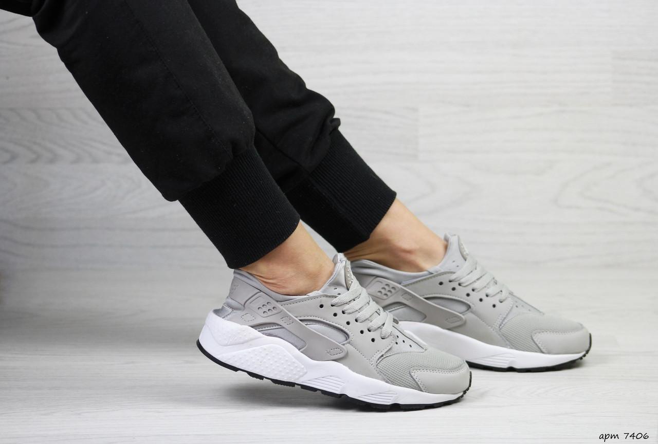 Женские кроссовки Nike Huarache (серые)