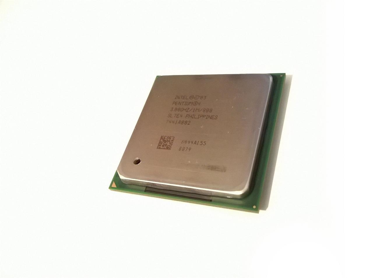 Процессор Intel Pentium 4 3.00GHz/1M/800 (SL7E4) s478, tray