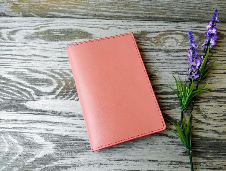 Портмоне - обложка для паспорта , тревел-кейс, travel цвета пудры