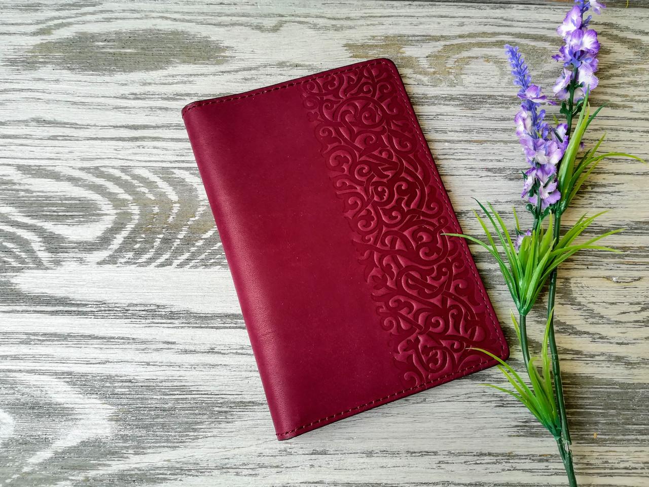 Портмоне - обложка для паспорта , тревел-кейс, travel фиолетовые восточные узоры