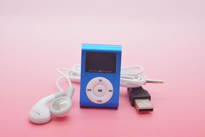 Mp3 плеер с екраном+USB кабель+Наушники