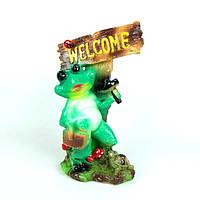 Лягушка с молотком и корзиной Welcome