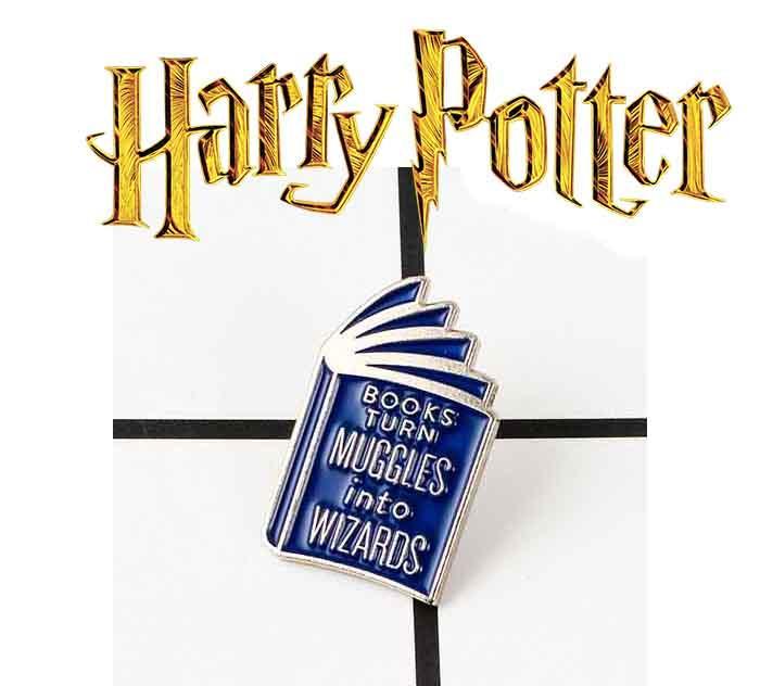 Брошь пин значок Книги превращают маглов в волшебников Гарри Поттер