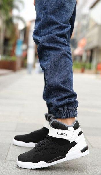 Черные мужские высокие кроссовки на липучке