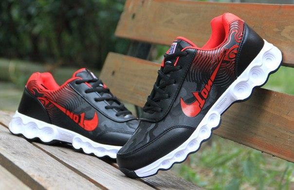Кроссовки беговые мужские двухцветные черный + красный