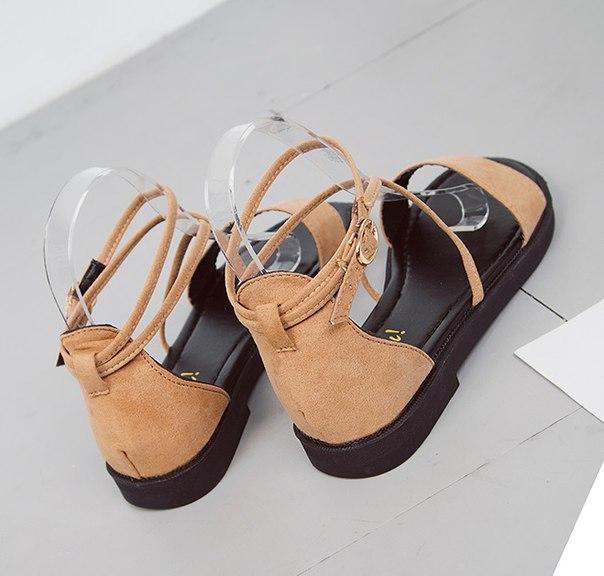Летние женские коричневые сандали с пряжками