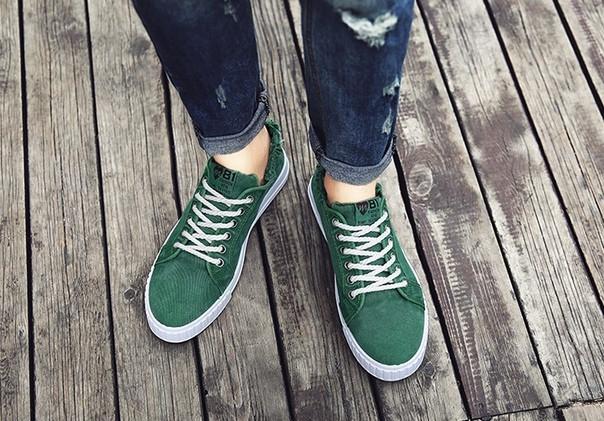 Зеленые летние мужские кеды