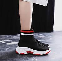 Женские носки кроссовки с цветной полоской красного цвета