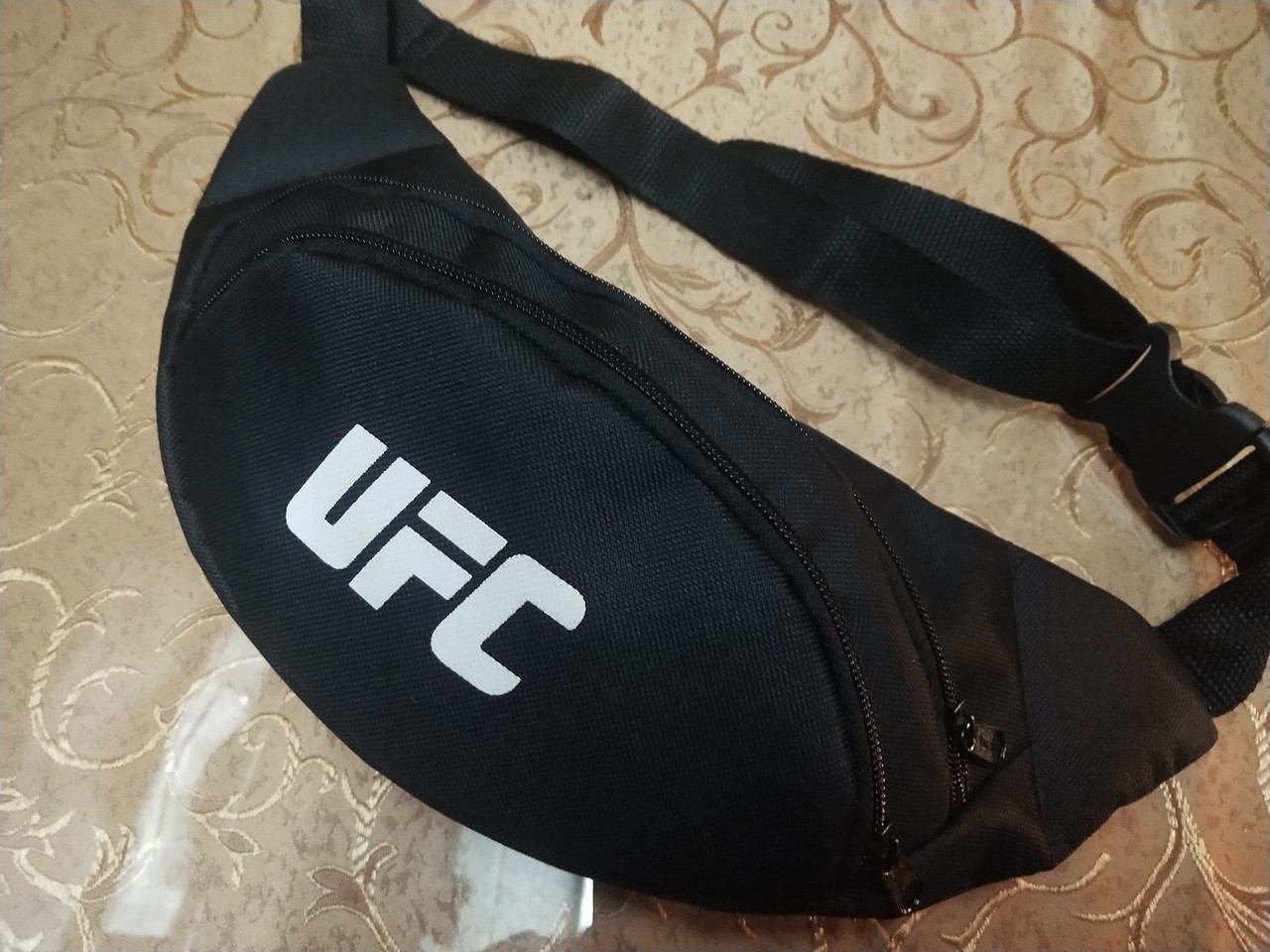 Сумка на пояс ufc 600D/Спортивные барсетки сумка женский и мужские пояс Бананка оптом