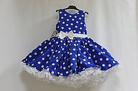 """Нарядное платье на девочку в стиле  """"Стиляги"""" синее в белый горох с белым подьюпником"""