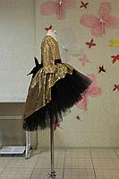 """Нарядное платье на девочку """"Блестящее наслаждение"""" с золотыми пайетками черным  фатином  и рукавами"""