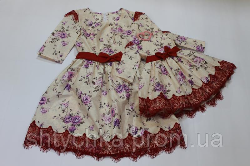 Платья на маму и доченьку в цветочек с кружевом