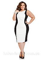 Трикотажное платье большого размера, которое визуально стройнит