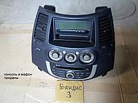 Дисплей борт компьютер Mitsubishi Grandis 2008, 2,4 АТ