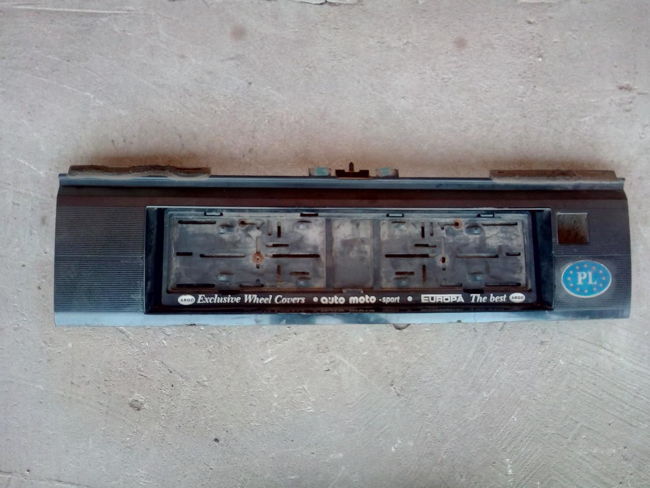 Карта крышки багажника  Бленда для Volkswagen Passat B3