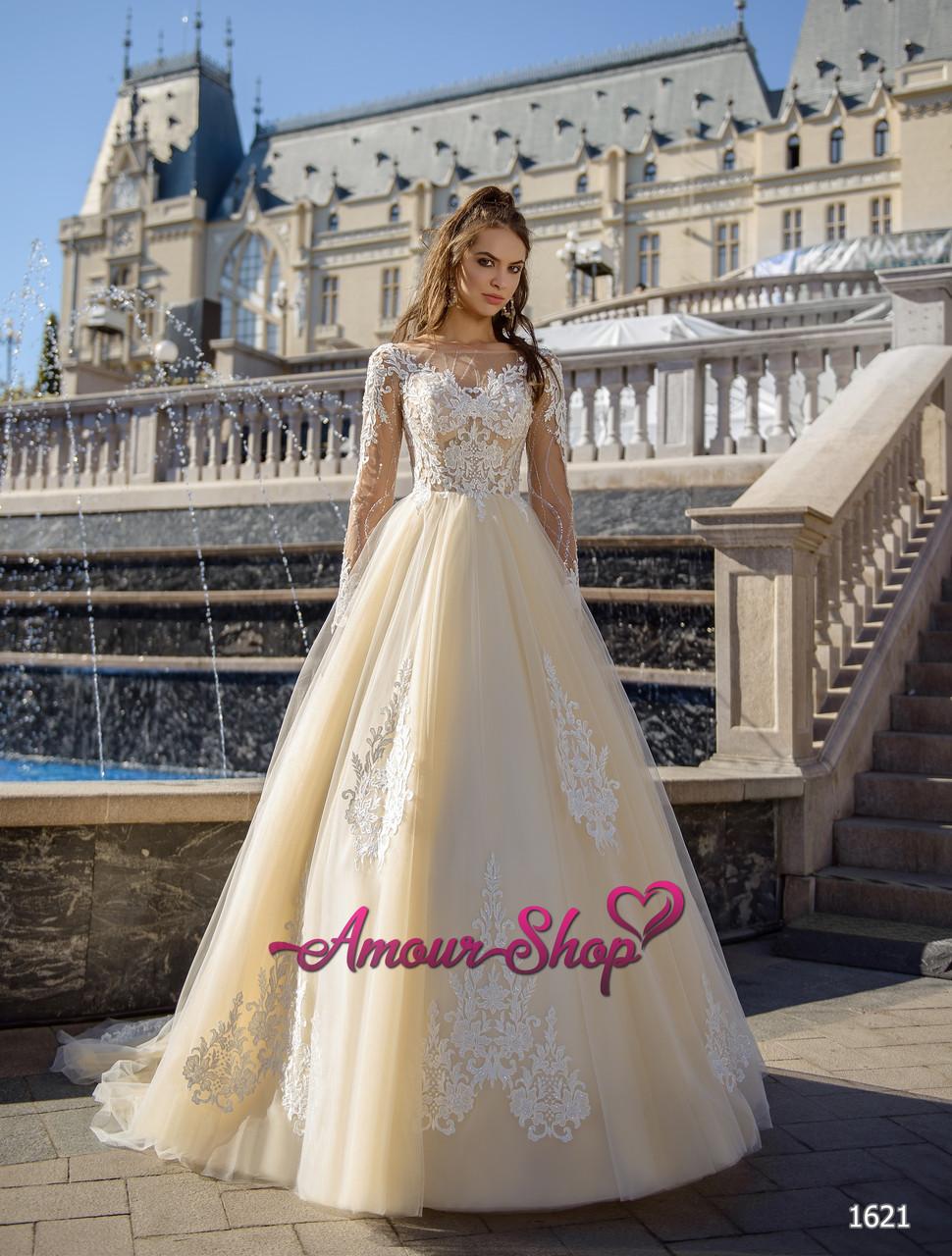 559d8c346 Кружевное свадебное платье с рукавами и полупрозрачным корсетом - Магазин