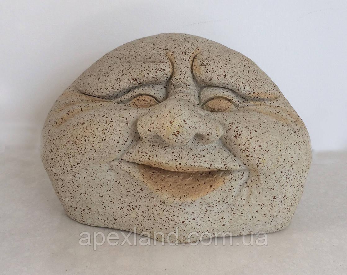 Смеющийся камень - декор для сада