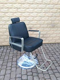 Кресло парикмахерское для barbershop Маркус 2 Черный (Frizel TM)