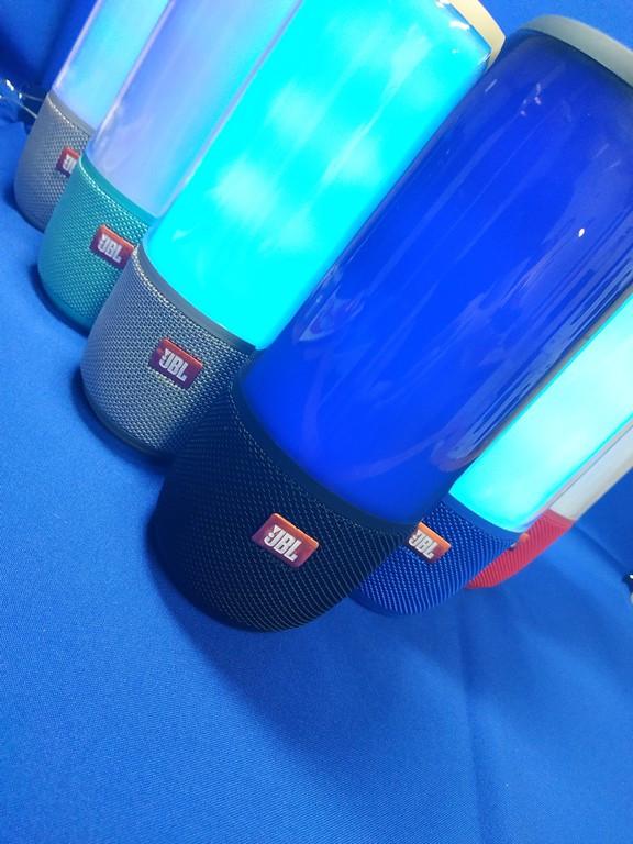 JBL Pulse Беспроводная колонка синяя