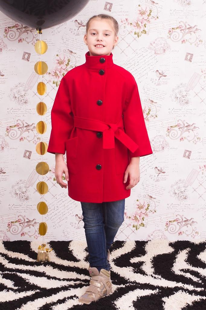 """Пальто для девочки """"Леди"""" красное"""