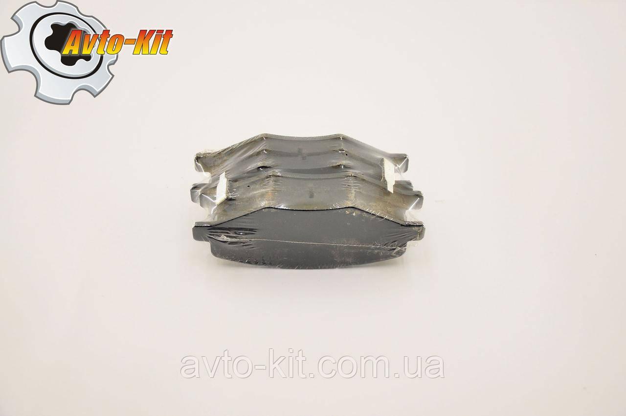 Колодки тормозные передние без ушка ( с ABS) Chery Amulet