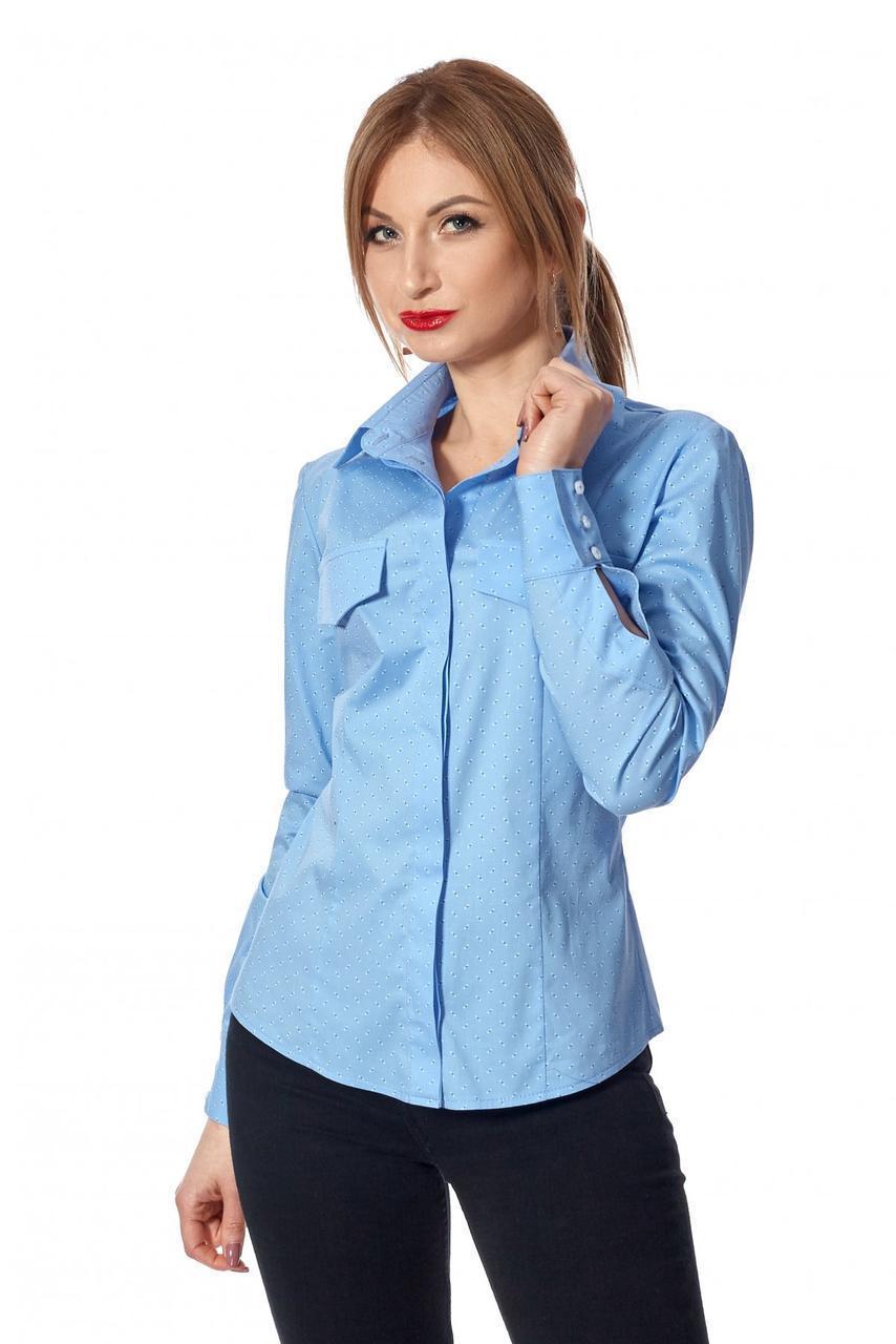 Женская рубашка в деловом стиле голубая