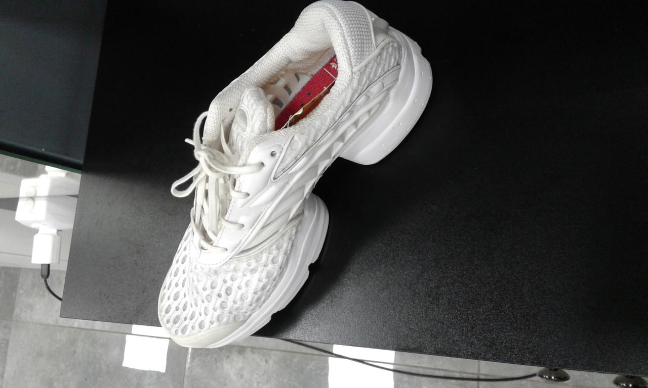 best sneakers a8f3f 2bca3 Adidas BY8752 40розмір оригінал - Bigl.ua