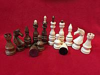Набор резных деревянных шахматных фигур ручной работы Украина