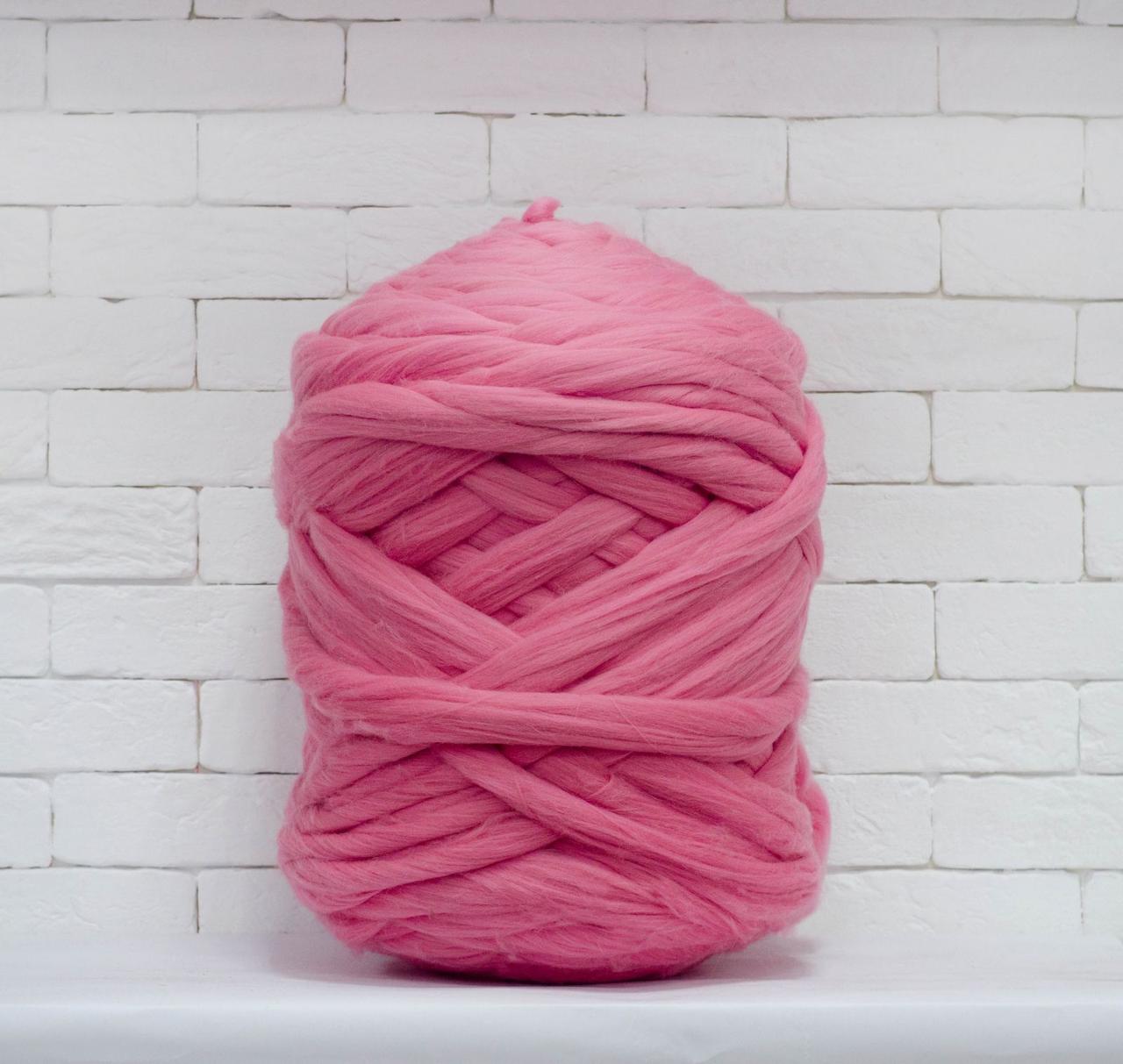 Толстая, крупная пряжа 100% шерсть 1кг (40м). Цвет: Розовый. 26 мкрн. Топс. Лента для пледов