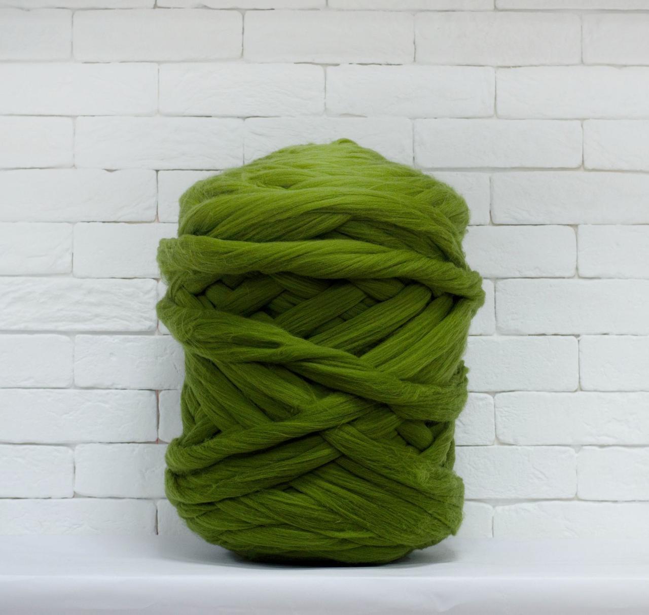 Толстая, крупная пряжа 100% шерсть 1кг (40м). Цвет: Болотный. 25-29 мкрн. Топс. Лента для пледов