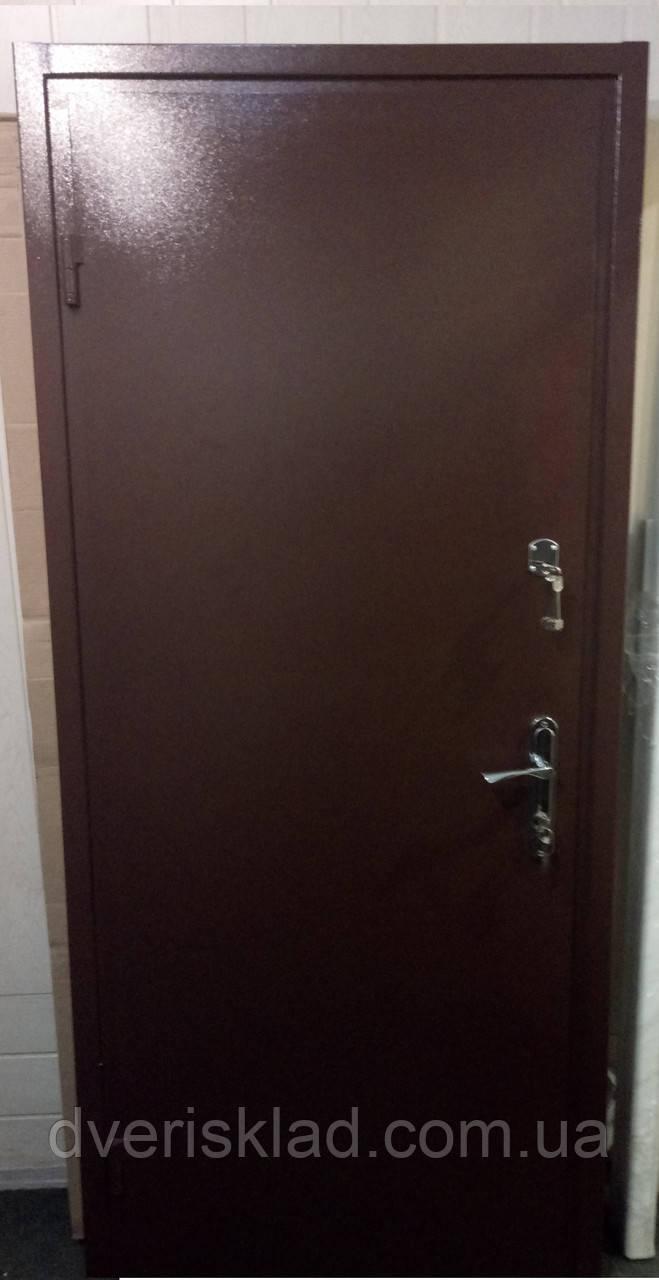Двери входные металлические 1,8мм, 2 замка + отделка ДСП. Супер предложение.