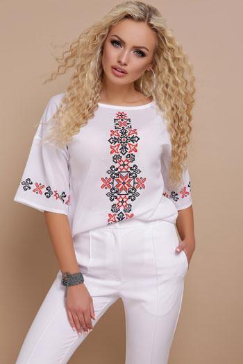 Белая женская блузка с принтом (белый)