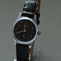 Нева винтажные механические часы СССР