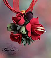 """Кулон ручной работы """"Красные фрезии с розой и суккулентами"""", фото 1"""