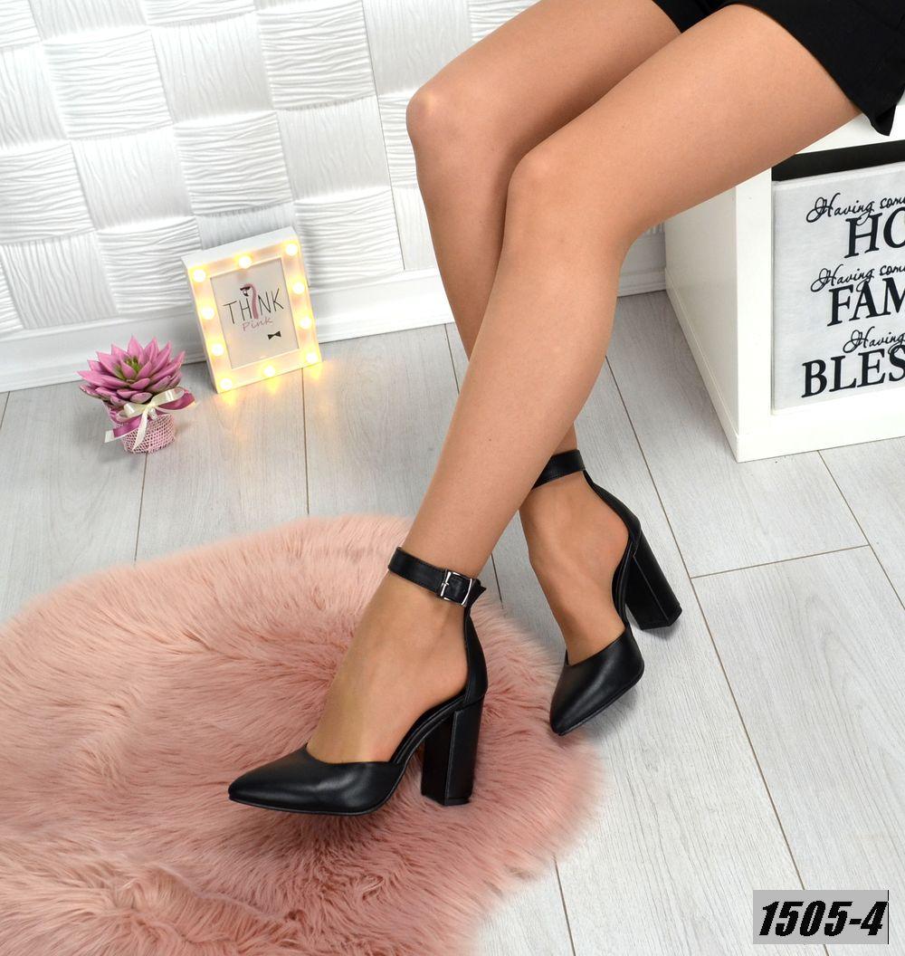 Туфли кожанные черные на каблуке с ремешком на щиколотке