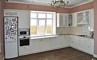 Кухня под заказ с фасадами из натуральной древесины, фото 1