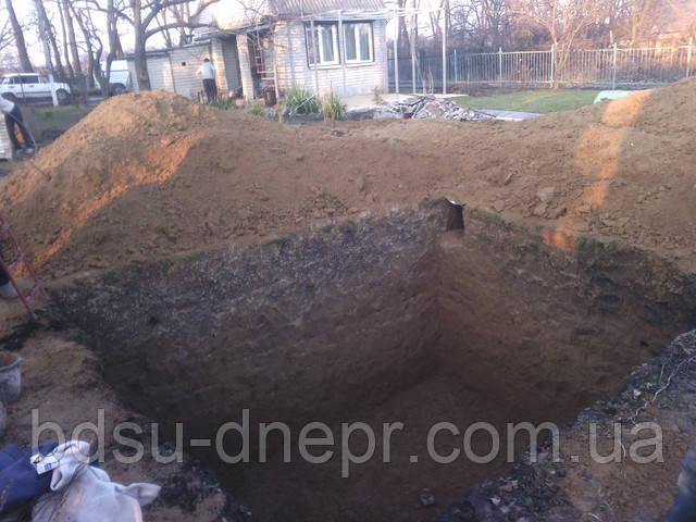 Сливные ямы и котлованы в Днепропетровске