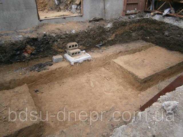 Котлован под фундамент в Днепропетровске