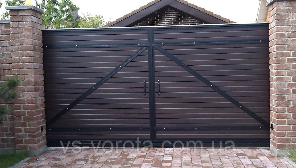 Ворота откатные из профнастила с элементами ковки, размер 4500х2500 мм