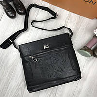 Брендовая кожаная женская сумка мессенджер Armani Jeans черная через плечо унисекс Армани Джинс люкс реплика