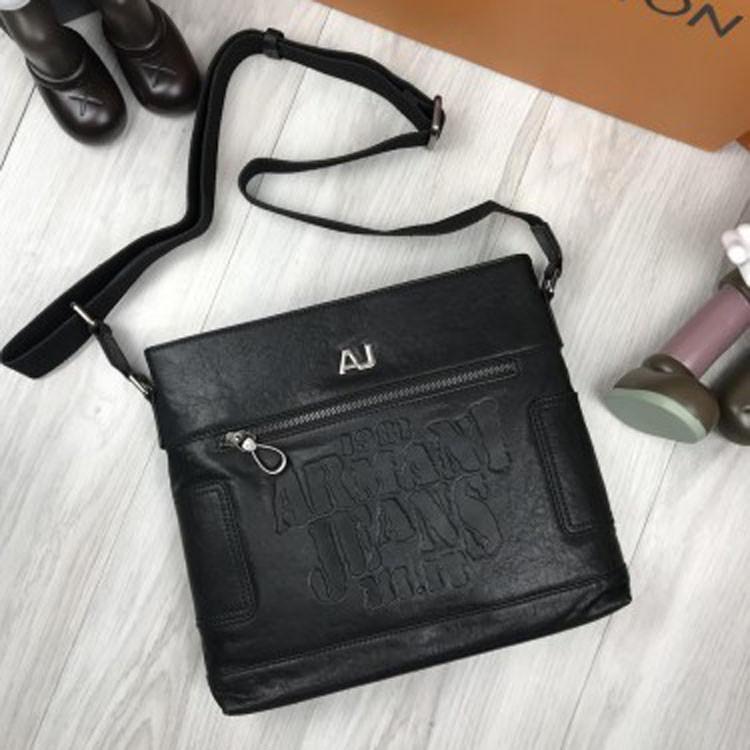 8f275d4bf5fb Брендовая кожаная женская сумка мессенджер Armani Jeans черная через плечо  унисекс Армани Джинс люкс реплика