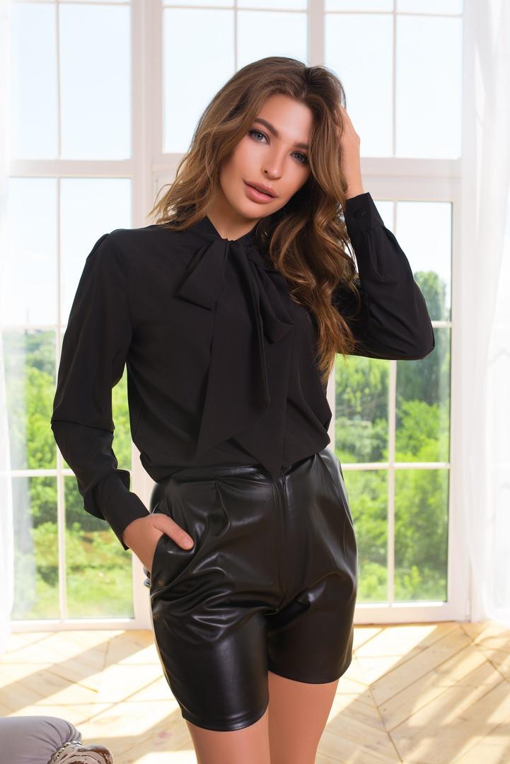 Черная женская рубашка с завязкой-бантом на шее