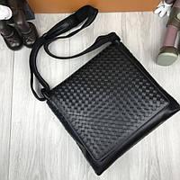 Элегантная кожаная женская сумка мессенджер Bottega Veneta черная через плечо унисекс Боттега Венета реплика, фото 1