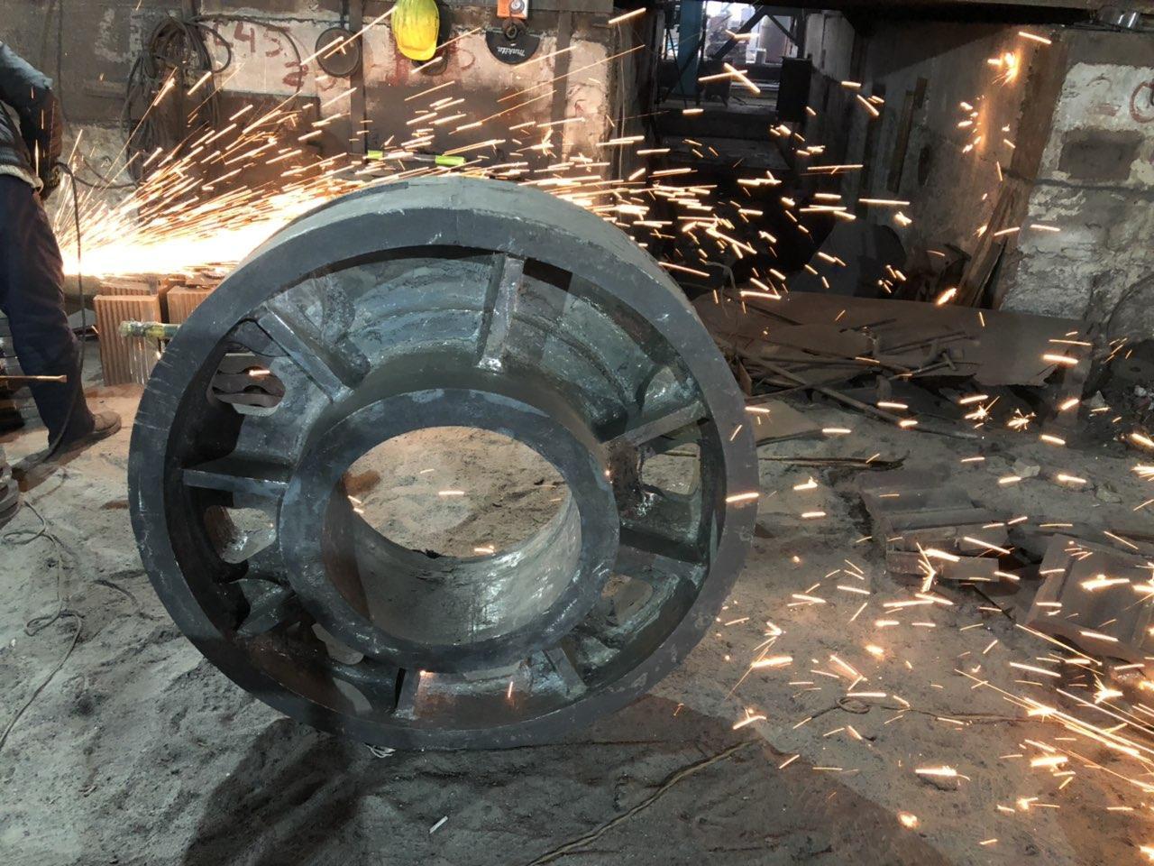 Виливки зі сталі та чавуну