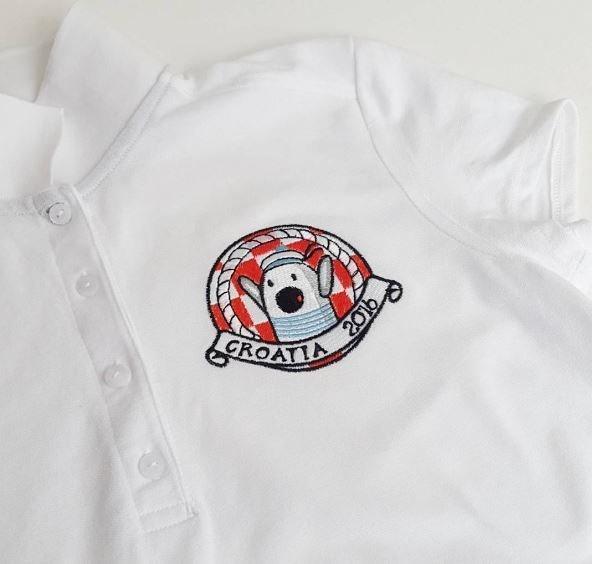 Купить футболку с вышивкой в Днепре