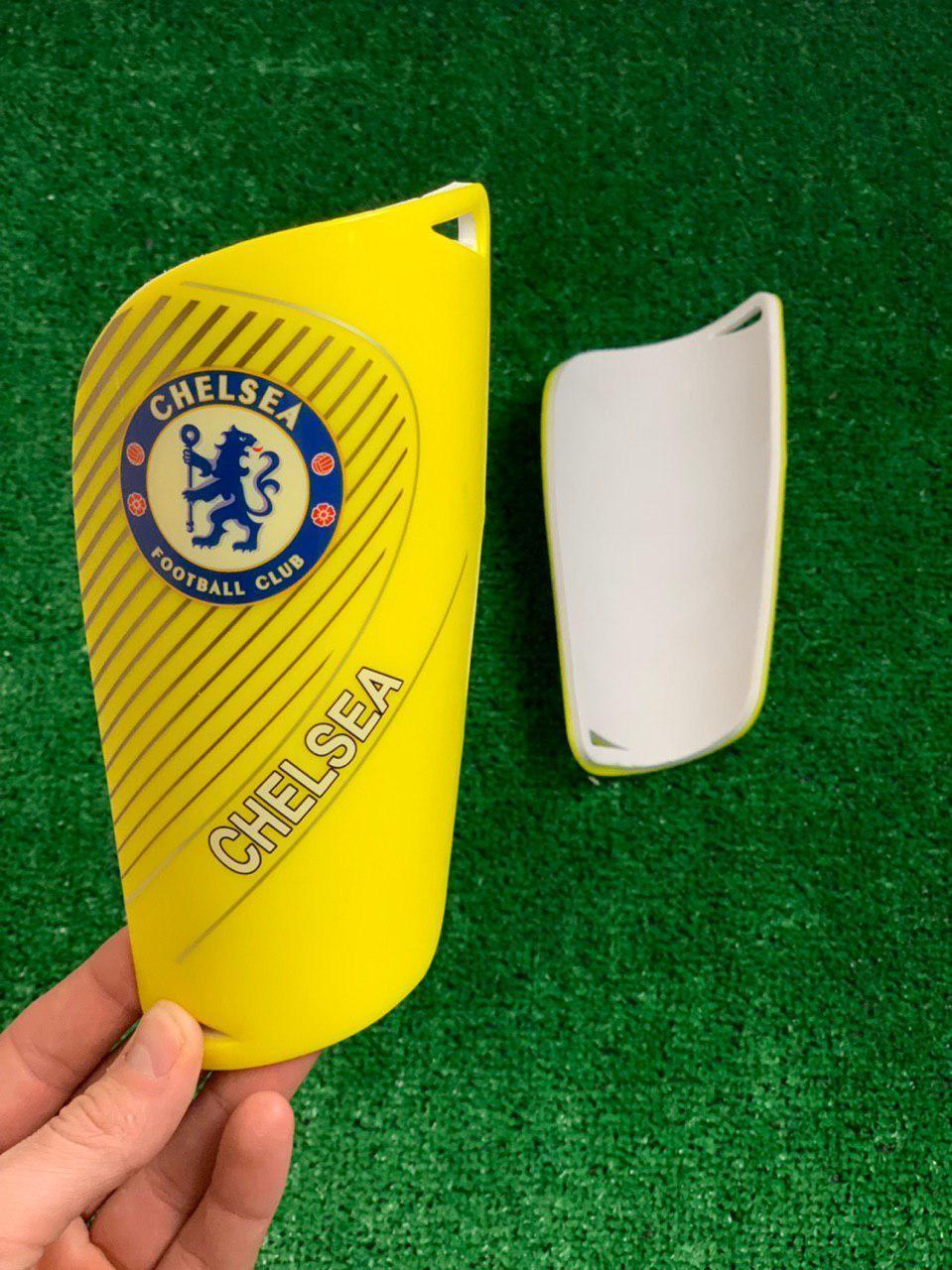 Щитки для футболу Челсі жовті (репліка)