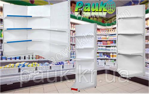 Внутрішній кутовий стелаж - ефективне торгове обладнання для економії площі приміщення.