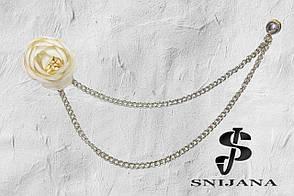 Брошь-подвеска мужская Цветок айвори+ камень на цепочке