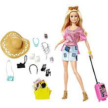 Кукла Барби путешественница