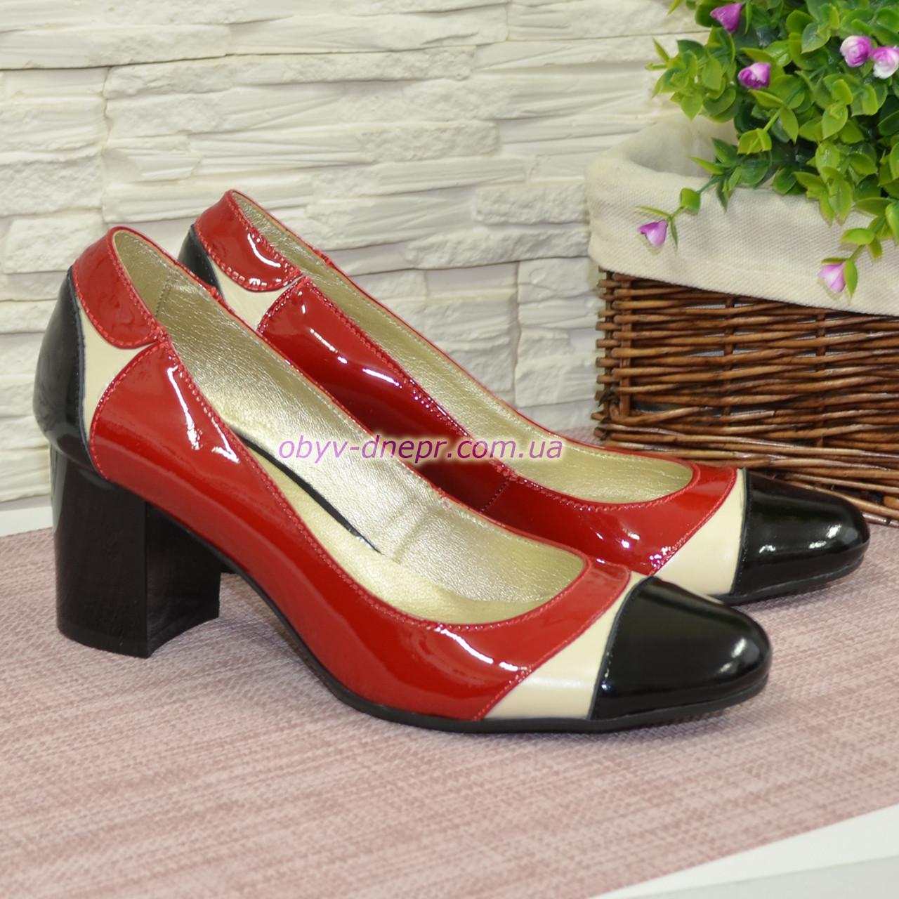 Женские кожаные туфли-лодочки на устойчивом каблуке